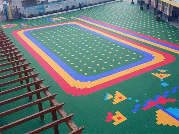 黄金城平台网zhi幼儿园悬fu地板幼儿园su胶地面